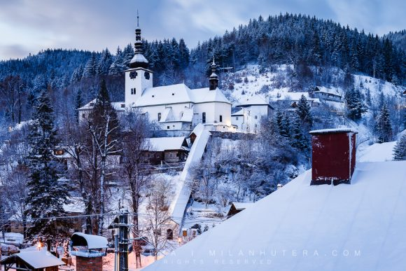 Spania Dolina Winter Twilight